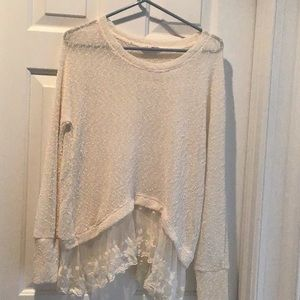 Beautiful hollister long sleeve top with lace